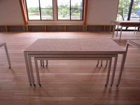 学校テーブル2
